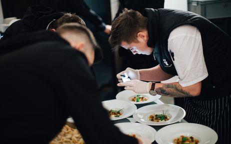 c23345cd153 Jak se servíruje jídlo na Instagramu
